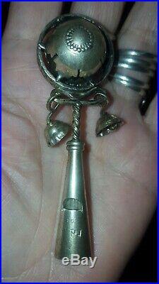 Ancien hochet de bébé XIXème argent massif poinçon sanglier (argent 800)