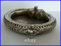 Antique bracelet esclave vide-poche, argent massif testé poinçon égyptien 121g