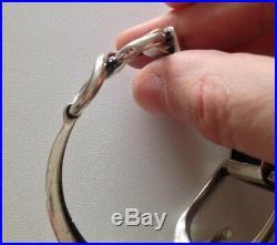 Beau Bracelet Art déco en argent massif (poinçon crabe) décor étrier