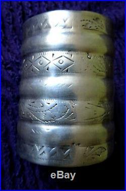 Bracelet manchette ARGENT massif (poincon et testé) berbere132gr maroc tunisie