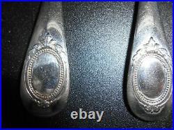 Cinq jolis cuillères en argent massif poinçon Minerve Henin et Cie gravable