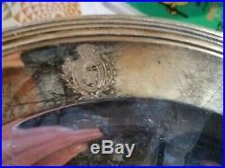 Plat armoiries, argent massif. 768 Gr, poinçon EXAGONAL COQ ET UNE TETE VIEU
