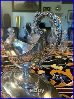 Sauciére casque en argent massif poinçon viellard (1819-1838) poids 774 grammes