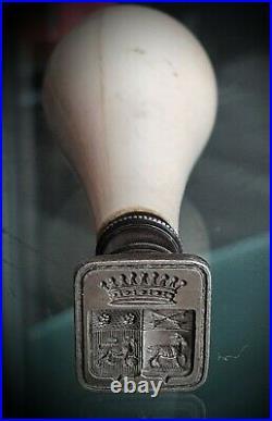 Sceau cachet/ armoiries /couronne. Ancien, poinçon argent. COMTE XVIIIème SIECLE