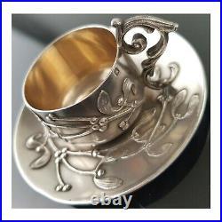 Tasse Et Sous Tasse Art Nouveau En Argent Massif Modèle Gui. Poinçon Minerve